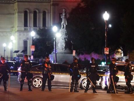 Nổ súng tại sự kiện đông người ở Mỹ, ít nhất 1 người tử vong | Châu Mỹ | Vietnam+ (VietnamPlus)