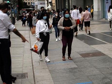 Tây Ban Nha mở rộng khu phong tỏa, Đức cảnh báo tái bùng phát dịch