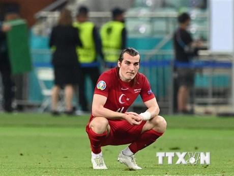 Thổ Nhĩ Kỳ-Thụy Sĩ: Cơ hội cuối cùng để giành vé đi tiếp