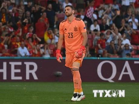 Thủ môn Tây Ban Nha trải lòng về lỗi mắc phải trong trận gặp Croatia
