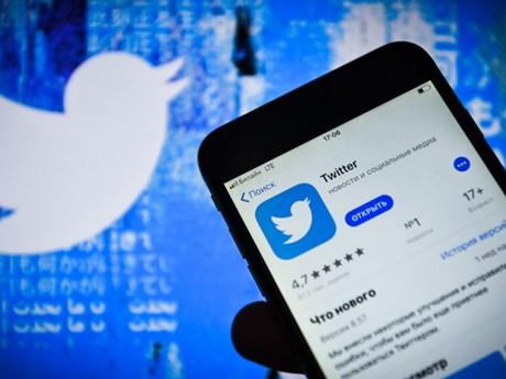Cơ quan giám sát thông tin Nga dừng một phần biện pháp phạt Twitter