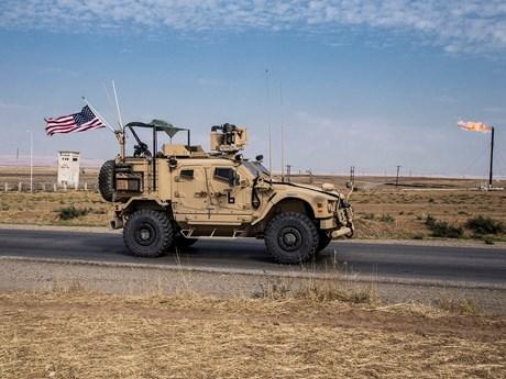 Tấn công bằng rocket nhằm vào căn cứ quân sự Mỹ tại Syria