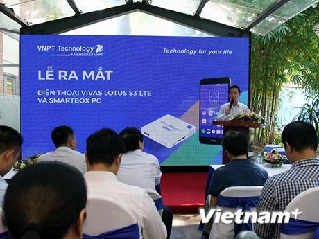 Cận cảnh Vivas Lotus S3 LTE và SmartBox PC vừa ra mắt tại Việt Nam