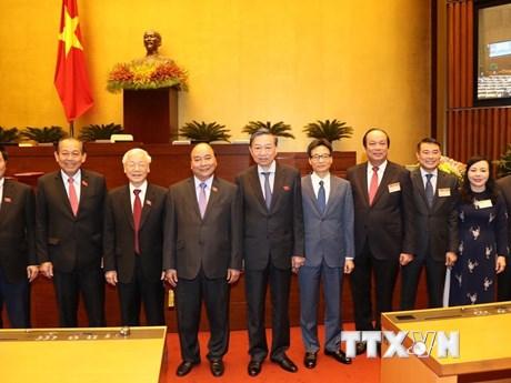 Hình ảnh Tổng Bí thư, Chủ tịch nước với các đại biểu Quốc hội