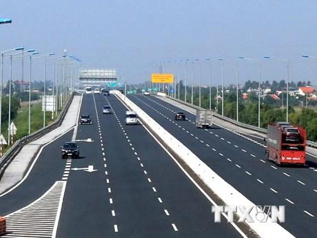 """Làm sao để """"nắn"""" dòng vốn FDI vào các dự án giao thông?"""