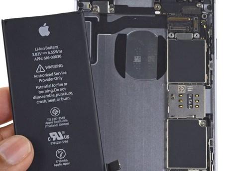"""Chương trình thay pin """"vỡ kế hoạch"""" khiến doanh số iPhone sụt giảm"""