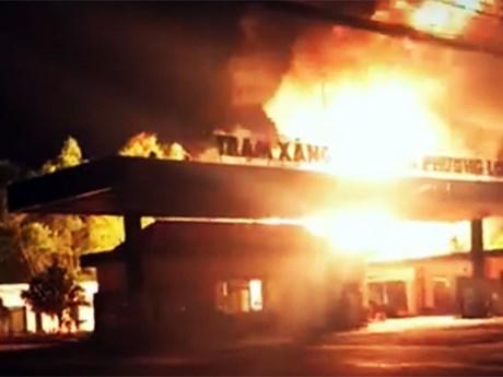 Điều tra vụ cháy cây xăng kinh hoàng ở Đồng Nai làm 2 người bỏng nặng