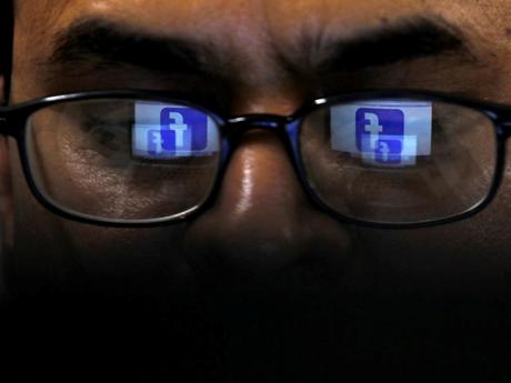 Facebook thừa nhận để nhân viên hợp đồng xem các bài đăng riêng tư  | Công nghệ | Vietnam+ (VietnamPlus)
