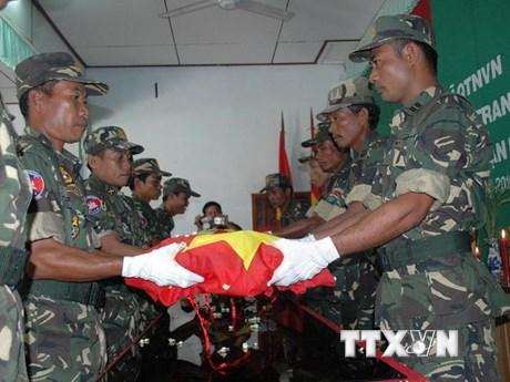 Quân khu 7 hồi hương 446 hài cốt liệt sỹ hy sinh tại Campuchia   Xã hội   Vietnam+ (VietnamPlus)