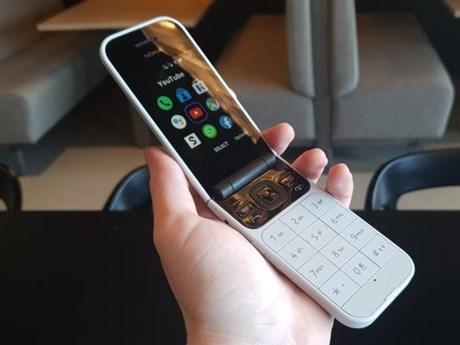 Nokia 'hồi sinh' điện thoại nắp gập với mạng 4G, có giá 100 USD   Sản phẩm mới   Vietnam+ (VietnamPlus)