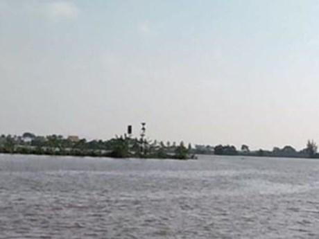 Hải Phòng: Xác minh và tìm kiếm nạn nhân chìm tàu trên sông Văn Úc | Giao thông | Vietnam+ (VietnamPlus)