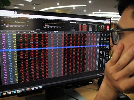 Thị trường chứng khoán Việt Nam đi xuống sau động thái của Fed | Chứng khoán | Vietnam+ (VietnamPlus)