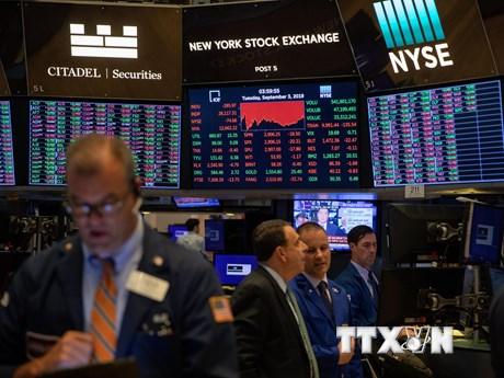 Các thị trường chứng khoán thế giới diễn biến trái chiều | Chứng khoán | Vietnam+ (VietnamPlus)