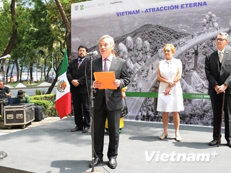 Triển lãm ảnh về đất nước, con người Việt Nam tại Mexico   Xã hội   Vietnam+ (VietnamPlus)