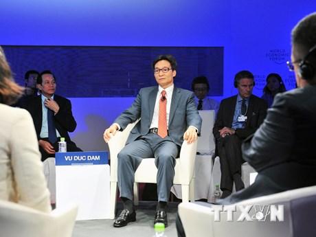 Phó Thủ tướng tham gia thảo luận trong khuôn khổ WEF ASEAN 2018