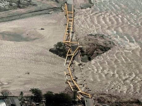 Ảnh chụp trên cao cho thấy mức độ tàn phá kinh khủng tại Indonesia