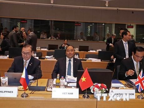 Hình ảnh Thủ tướng dự Phiên họp toàn thể thứ nhất Hội nghị ASEM 12