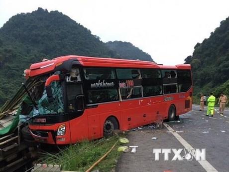 Hòa Bình: Khắc phục hậu quả và hỗ trợ nạn nhân vụ tai nạn nghiêm trọng