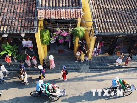 Phố cổ Hội An: Điểm đến hàng đầu đối mặt với nguy cơ quá tải   Điểm đến   Vietnam+ (VietnamPlus) - xổ số ngày 14102019