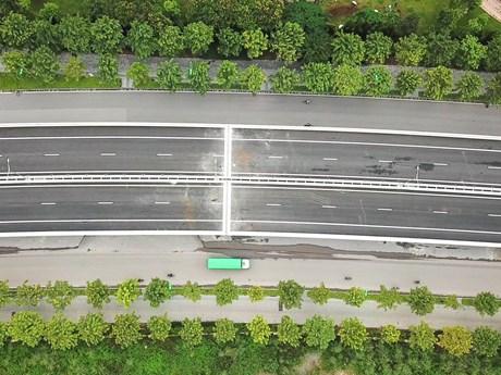 Video toàn cảnh đường vành đai 3 trên cao Mai Dịch-cầu Thăng Long