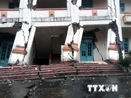 Hình ảnh đồn biên phòng Cha Lo ở Quảng Bình đổ sập vì mưa lũ