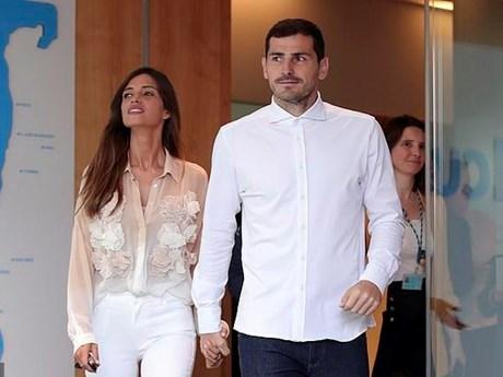 Vừa được xuất viện, thủ thành Iker Casillas lại nhận tin dữ từ vợ | Bóng đá | Vietnam+ (VietnamPlus)