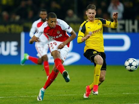 Nhìn lại khoảnh khắc Mbappe đi vào lịch sử sau khi hạ Dortmund | Bóng đá | Vietnam+ (VietnamPlus)