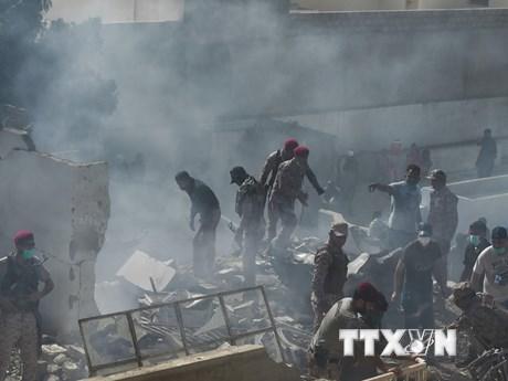 Vụ rơi máy bay chở khách ở Pakistan: Hộp đen được đưa tới Pháp