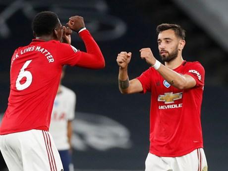 Thua thảm AFC Bournemouth, Leicester mở đường cho M.U lên tốp 3