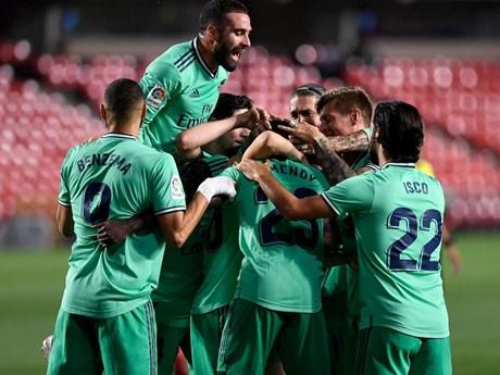 Real Madrid chỉ còn cách ngôi vương La Liga đúng một trận đấu   Bóng đá   Vietnam+ (VietnamPlus)