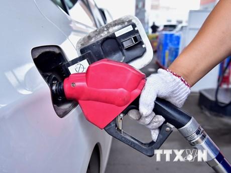 Giá dầu thế giới tăng hơn 1% nhờ các số liệu kinh tế...