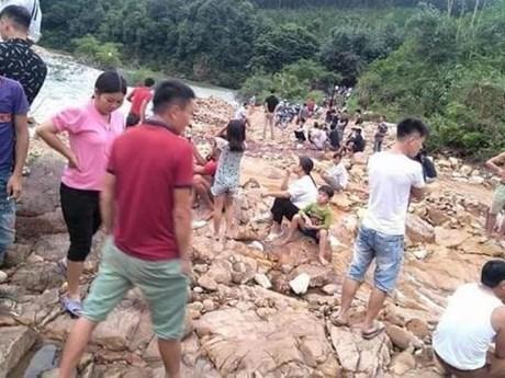 Quảng Ninh: Tìm thấy thi thể hai vợ chồng bị nước cuốn trôi