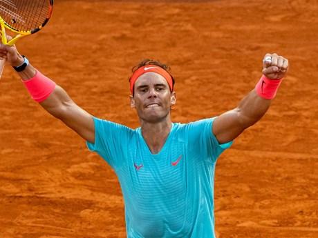 Rafael Nadal 'đại chiến' Novak Djokovic ở chung kết Roland Garros