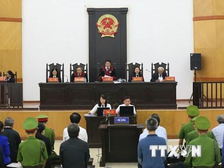 Phong tỏa, ngăn chặn giao dịch các tài sản đứng tên ông Trần Bắc Hà