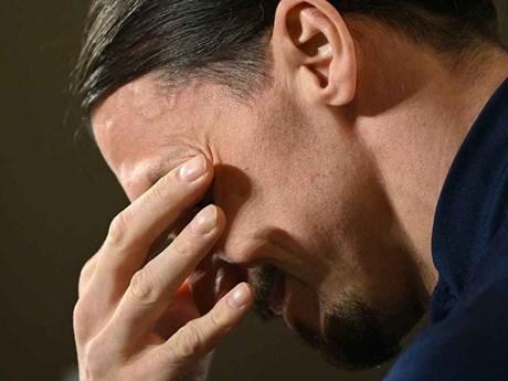 Zlatan Ibrahimovic rơi lệ trong ngày trở lại đội tuyển Thụy Điển
