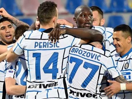 Inter Milan lên ngôi vương Serie A sau 11 năm dài chờ đợi