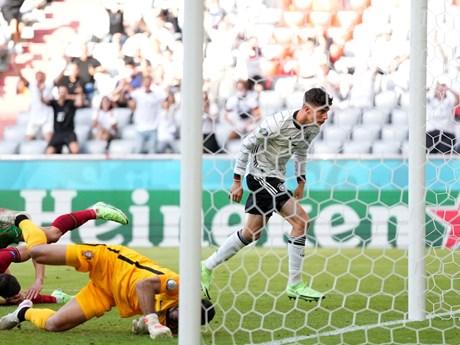 Bồ Đào Nha-Đức 2-4: 'Cơn mưa bàn thắng' tại Allianz Arena