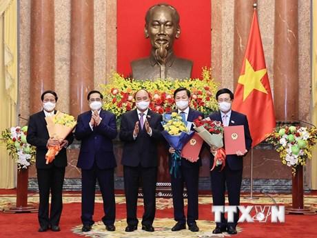 Chủ tịch nước trao Quyết định bổ nhiệm các thành viên Chính phủ