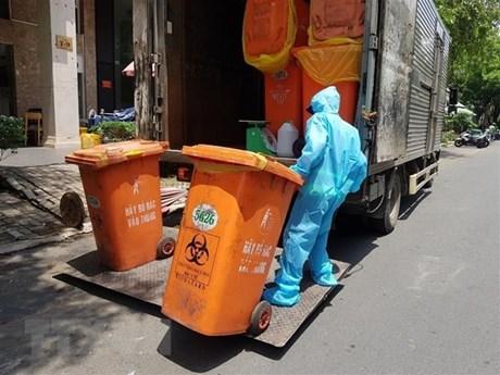 Đề nghị các địa phương cấp bách xử lý rác thải phát sinh do dịch COVID