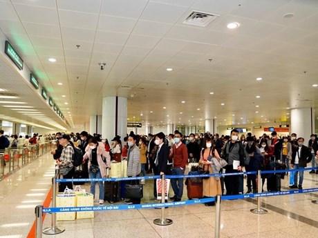 Sẽ đề xuất thời điểm nới lỏng xuất nhập cảnh, phục hồi lại đường bay   Giao thông   Vietnam+ (VietnamPlus)