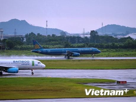 Nối lại đường bay quốc tế: Phải gỡ 'rào cản' tâm lý e ngại của khách   Giao thông   Vietnam+ (VietnamPlus)