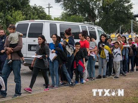 Mỹ ra chính sách mới thắt chặt quy định về người tị nạn