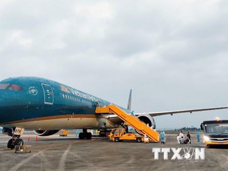 Xem xét nối lại một số đường bay quốc tế phù hợp với diễn biến thực tế
