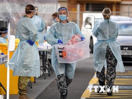 Cảnh báo về những làn sóng dịch bệnh COVID-19 mới trên toàn cầu | Sức khỏe | Vietnam+ (VietnamPlus)