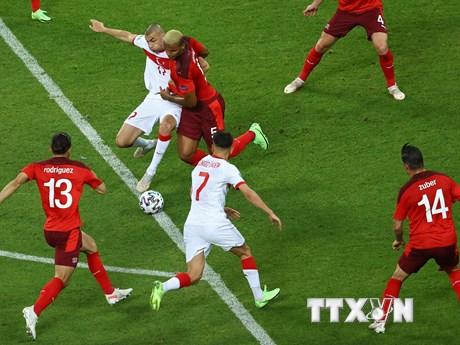 Người hâm mộ chỉ trích ''lời chia tay sớm'' của đội tuyển Thổ Nhĩ Kỳ