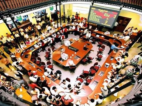 Tháng Sáu: Thị trường trái phiếu sôi động với 12.000 tỷ đồng/phiên