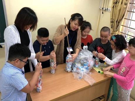 [Photo] Gạch sinh thái: Rèn ý thức bảo vệ môi trường cho học sinh