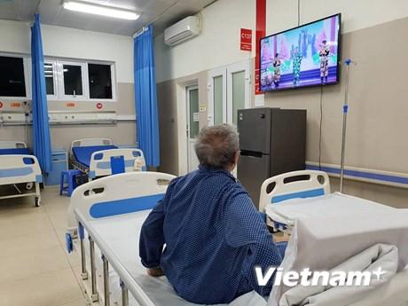 [Photo] Bệnh nhân xem Táo quân 2019, đón Giao thừa tại bệnh viện