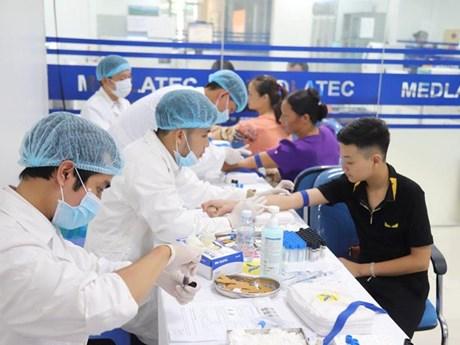 Sàng lọc bệnh tan máu bẩm sinh miễn phí cho 2.000 người dân ở Hòa Bình | Y tế | Vietnam+ (VietnamPlus)