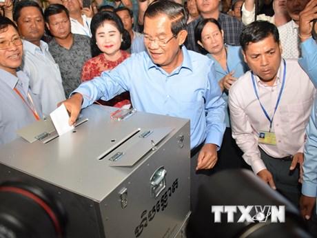 [Photo] Cử tri Campuchia bắt đầu bỏ phiếu bầu Quốc hội khóa VI